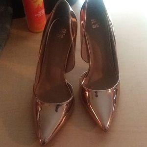 Shoes - Nice RoseGold Heels